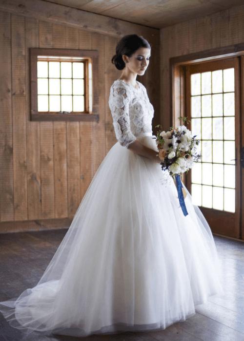 Ballgown wedding dress,